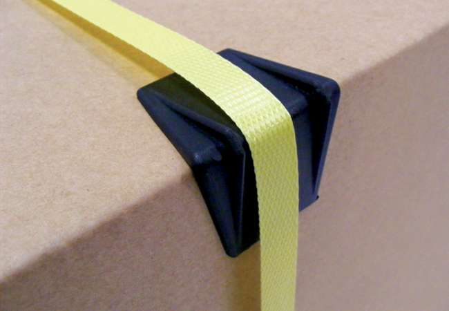 Plastic Edge Protector helps secure boxes on pallet